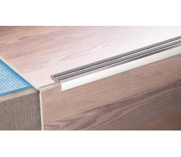 Grooved stair profile 30 R Gold